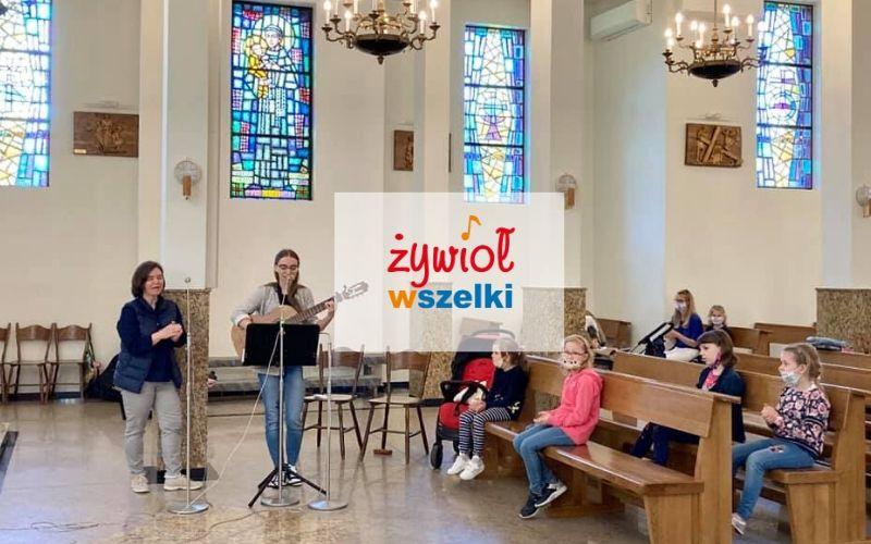 Żywioł wSzelki wrócił do Kościoła